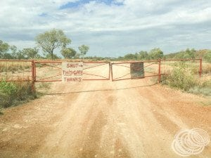 The entry to China Wall is on private property just out of Halls Creek